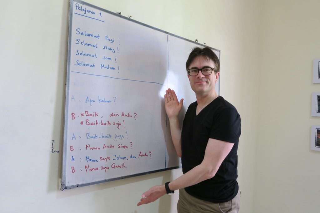 foreign language school Indonesian