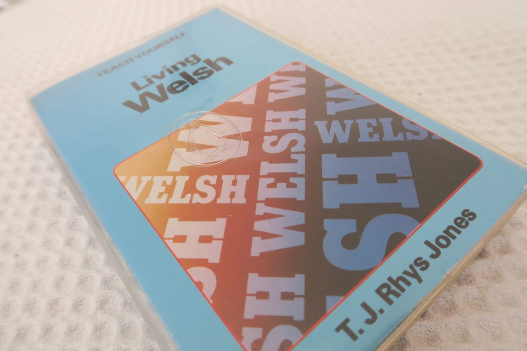 A Welsh textbook: Teachyourself Living Welsh by T J Rhys Jones
